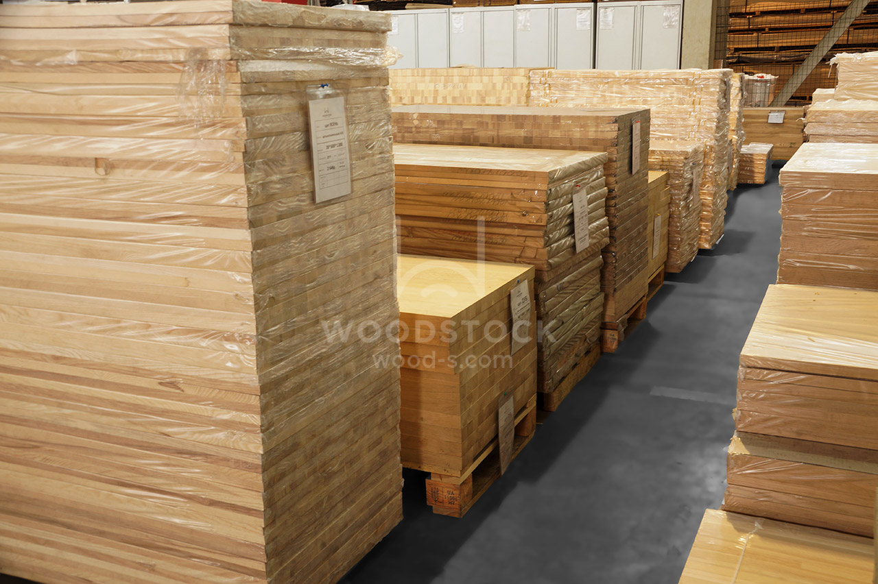 Купить мебельный щит из массива сосны в Москве
